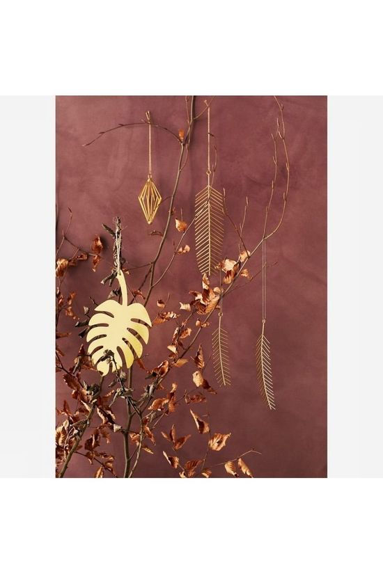 Madam Stoltz Collection De Noel Hanging Iron Leaves Or