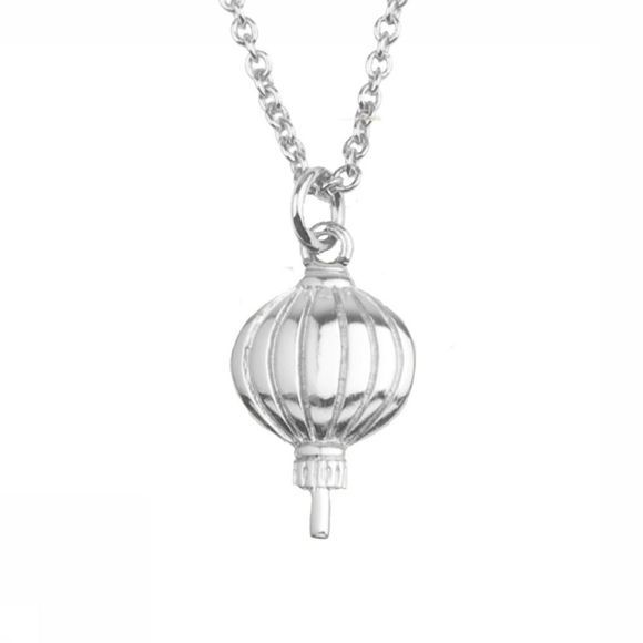 All The Luck In The World Collier East Lantern Argent