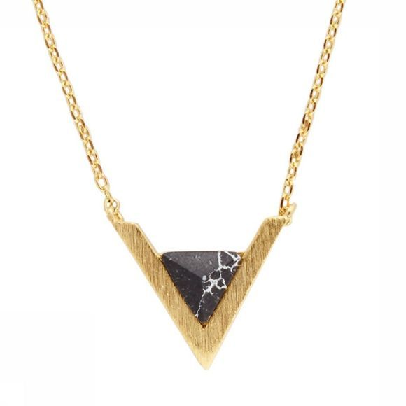 All The Luck In The World Collier Triangle A Noir
