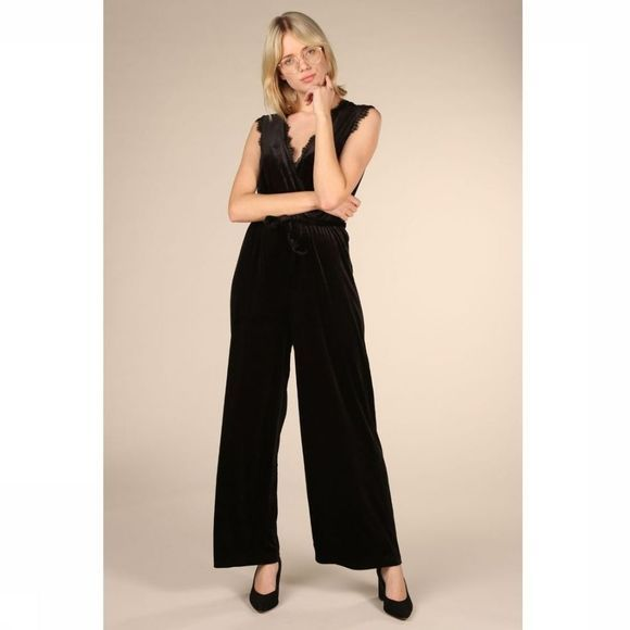 Object Jumpsuit Honey Bay Zwart