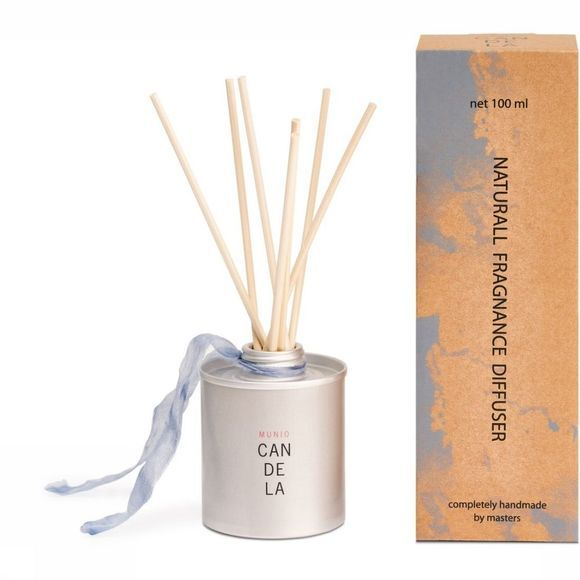 Accessoire natural fragrance diffuser gardenia flower