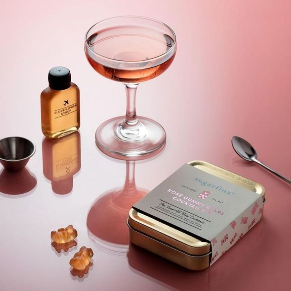 W&P Design Accessoire Cocktail Kit Sugarfina Rosé Lichtroze
